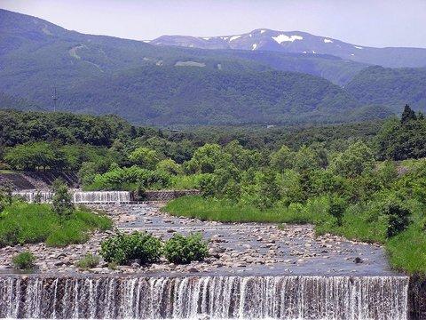 遠刈田温泉からの蔵王連峰